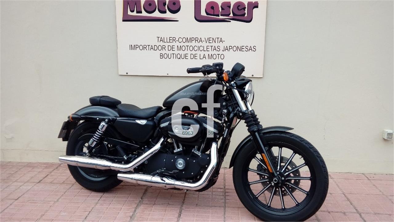 HARLEY DAVIDSON Sportster 883 Iron Dark Custom de venta