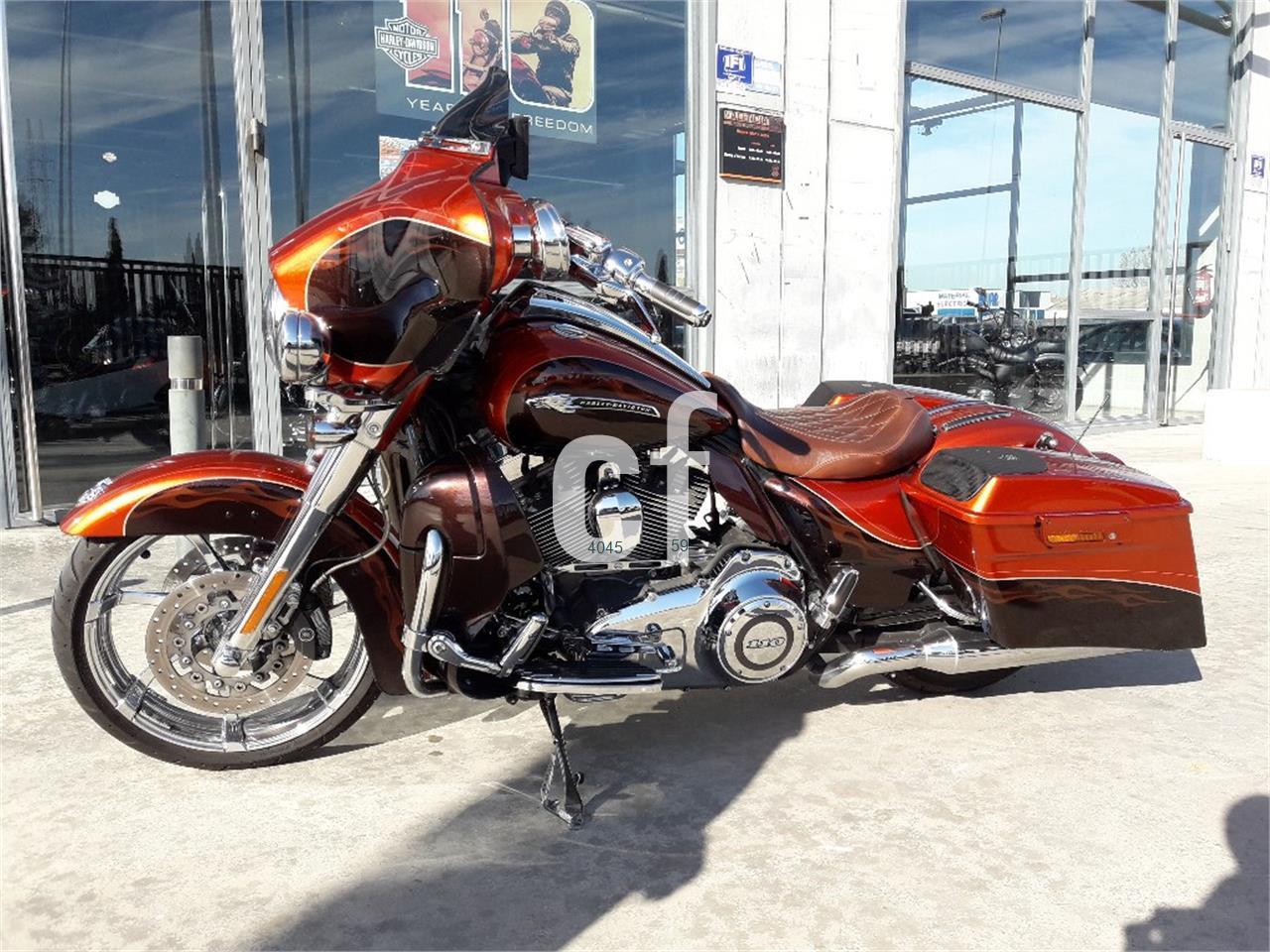 HARLEY DAVIDSON CVO Street Glide de venta