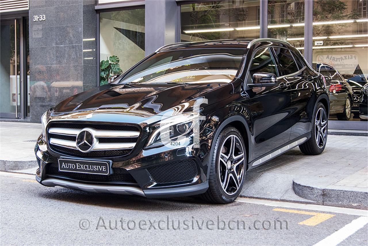 Mercedes benz clase gla de segunda mano del 2015 7000 km for Mercedes benz 7000