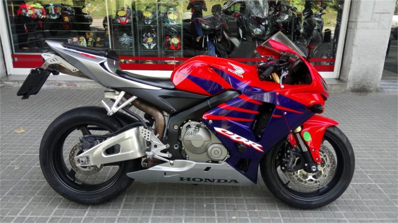 HONDA CBR 600 RR de venta