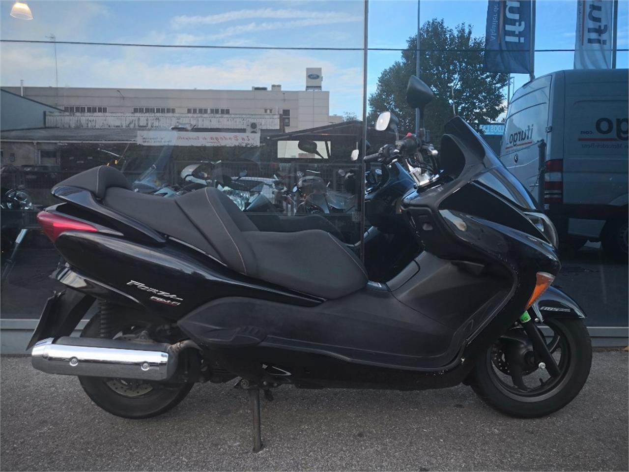 HONDA FORZA 250 EX