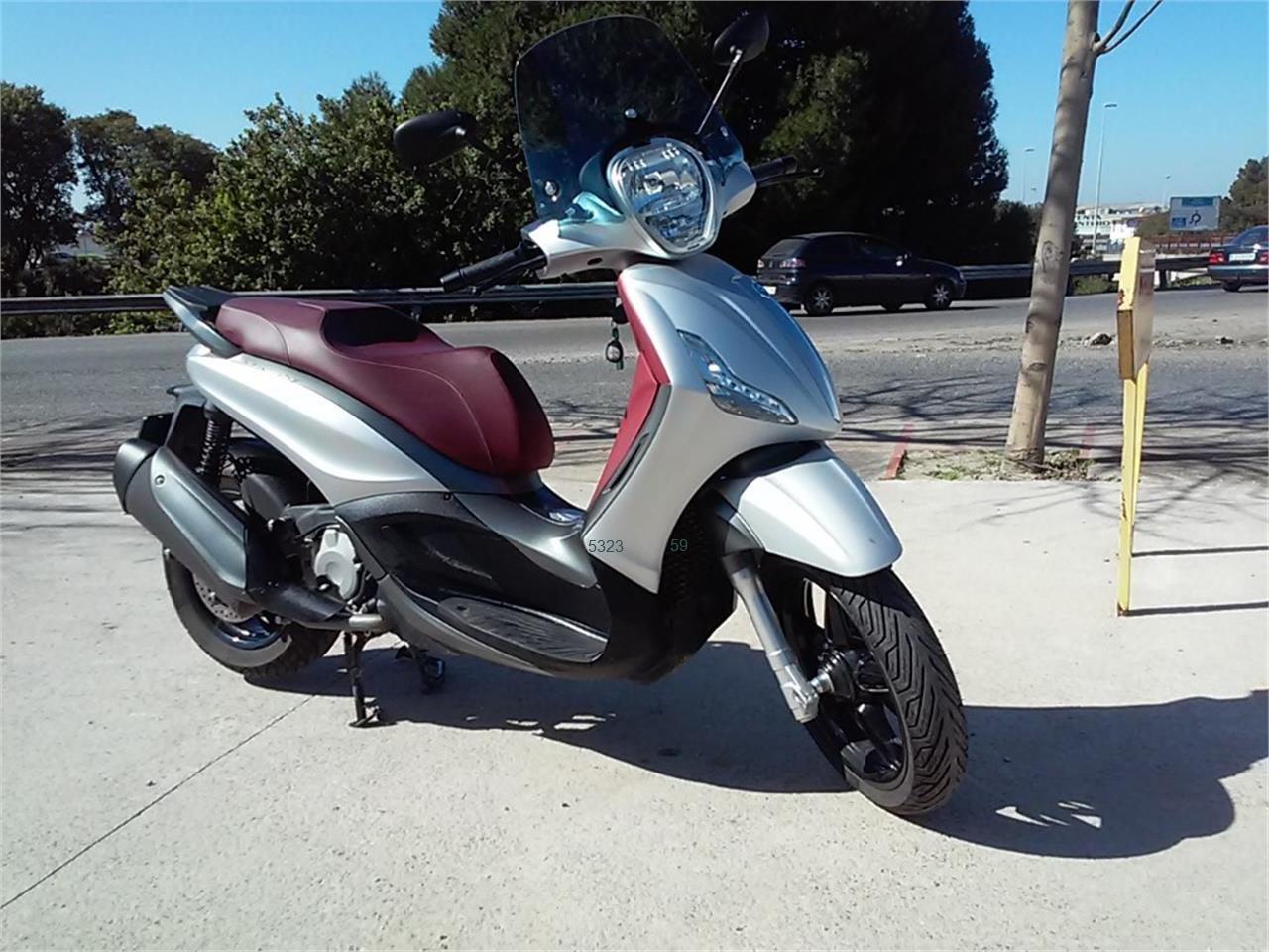 PIAGGIO BEVERLY SPORT TOURING