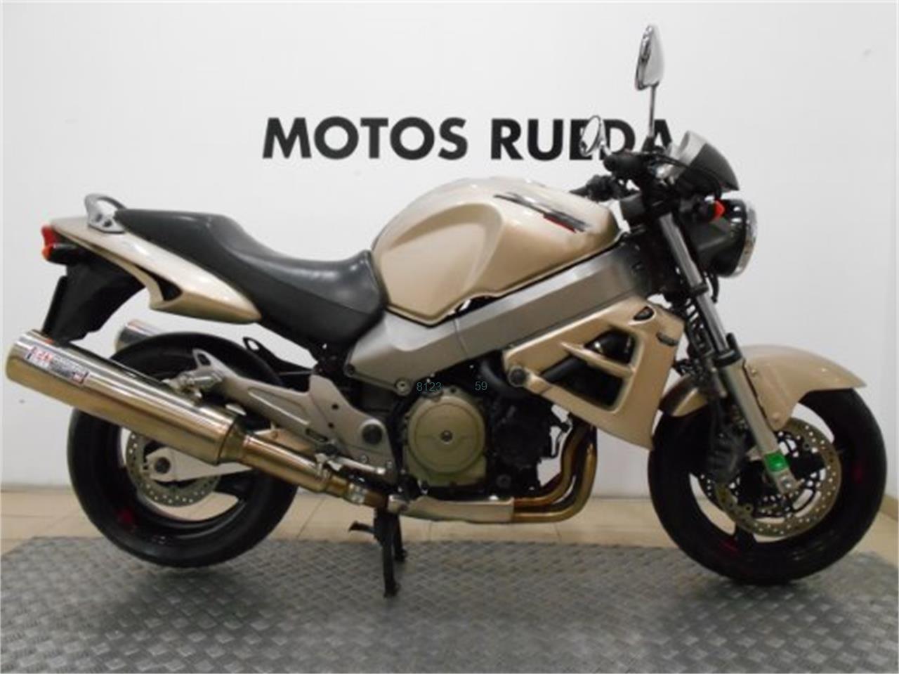 HONDA X11 1100