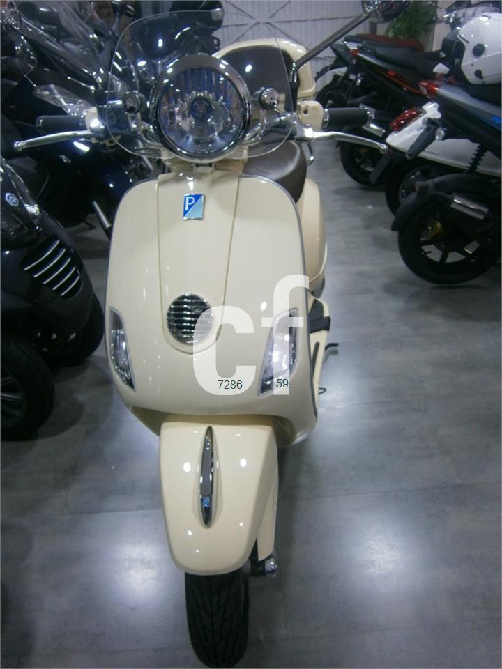 VESPA LXV 125 ie de venta