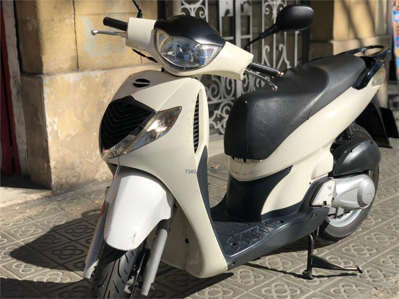 HONDA SCOOPY SH125i_1 de venta en Barcelona
