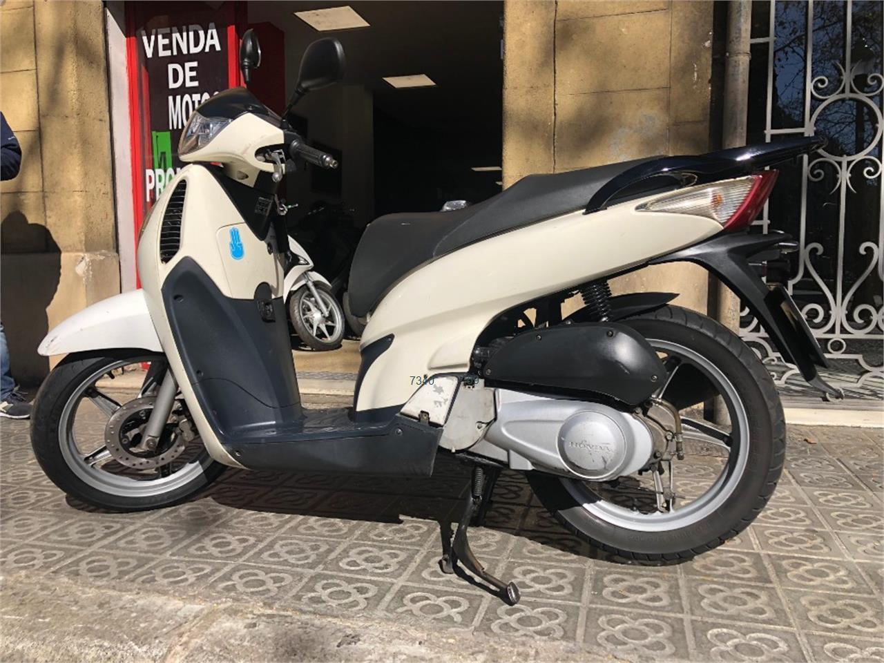 HONDA SCOOPY SH125i_4 de venta en Barcelona