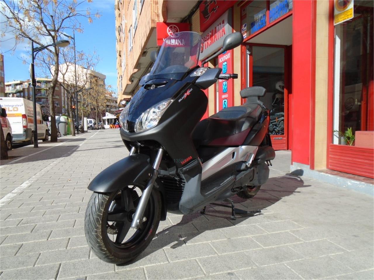 YAMAHA X MAX 125 Black de venta