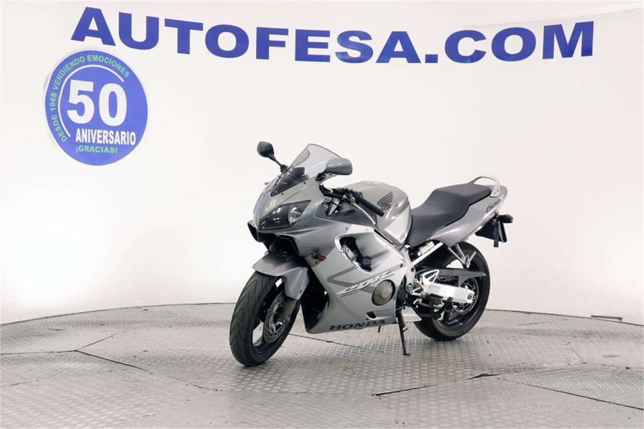 HONDA CBR 600F de venta