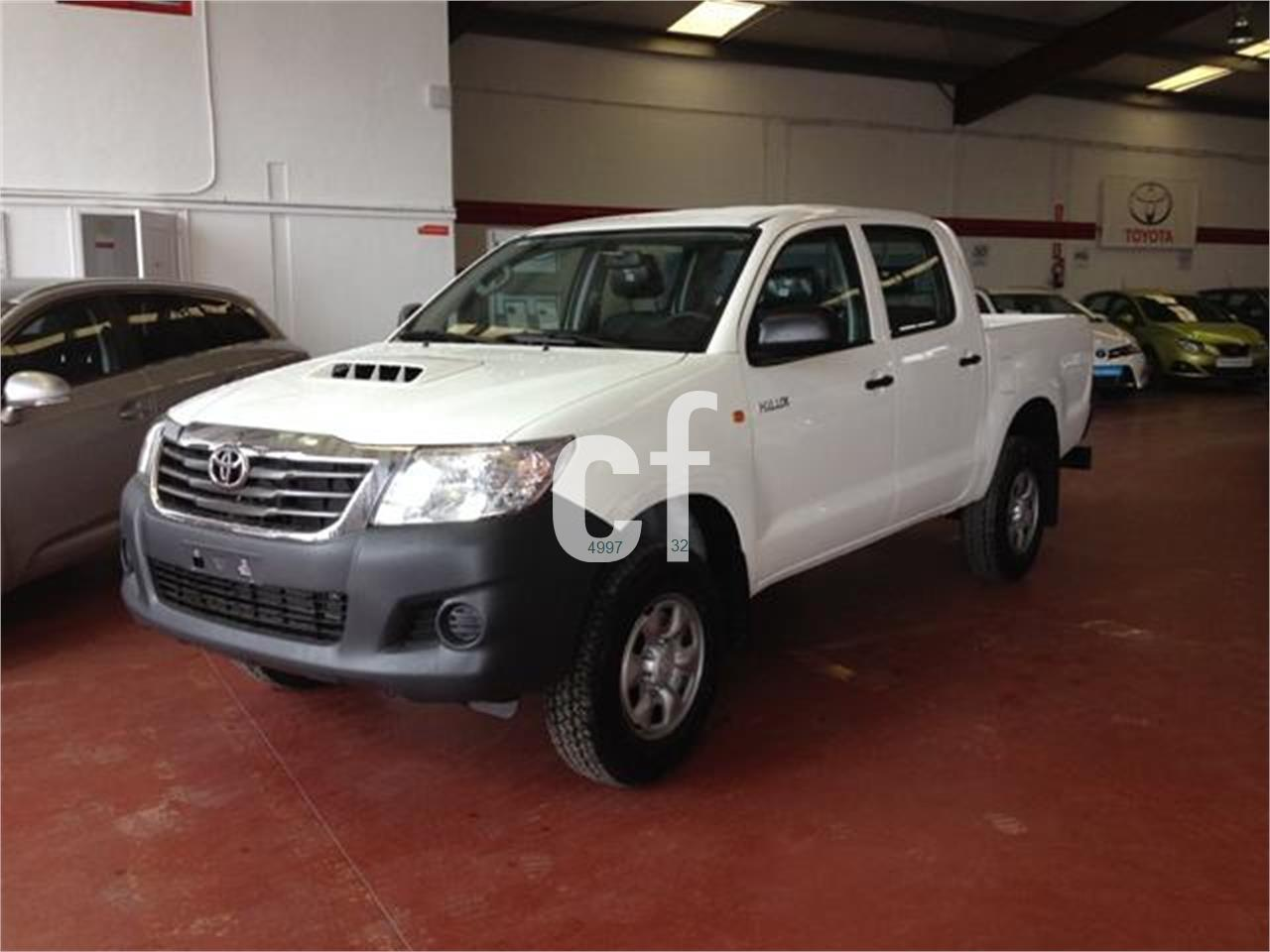 toyota hilux de segunda mano del 2014 10 km. Black Bedroom Furniture Sets. Home Design Ideas
